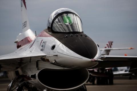 #1 F-2 初号機.JPG